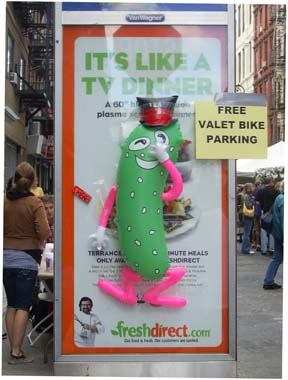 Pickle Guy Balloon at 7th International Pickle Day