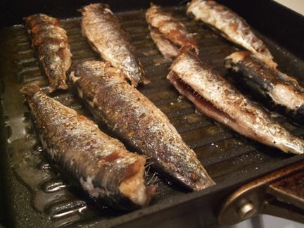 sardines_cooking